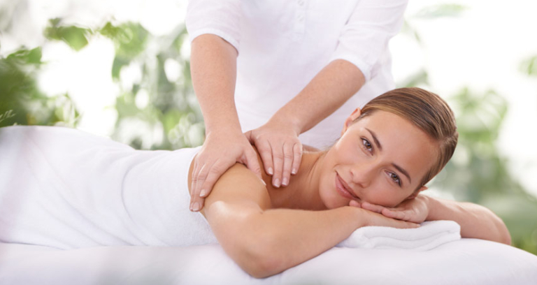 The Essential Massage Equipment For A Successful Therapy | Das Gesundheits Blog
